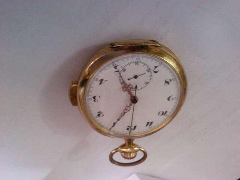 Relogio de bolso em ouro modelo soneria marca Lepic